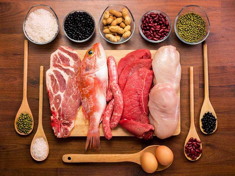 Xây dựng chế độ ăn uống lành mạnh giúp cải thiện tinh trùng dị dạng
