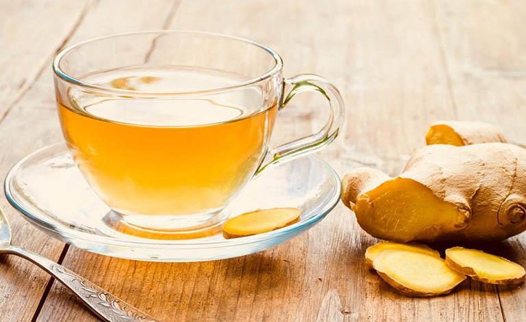 Cách dùng trà gừng làm giảm đau họng do viêm amidan