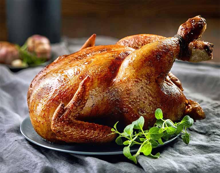 bị viêm họng có ăn thịt gà được không?