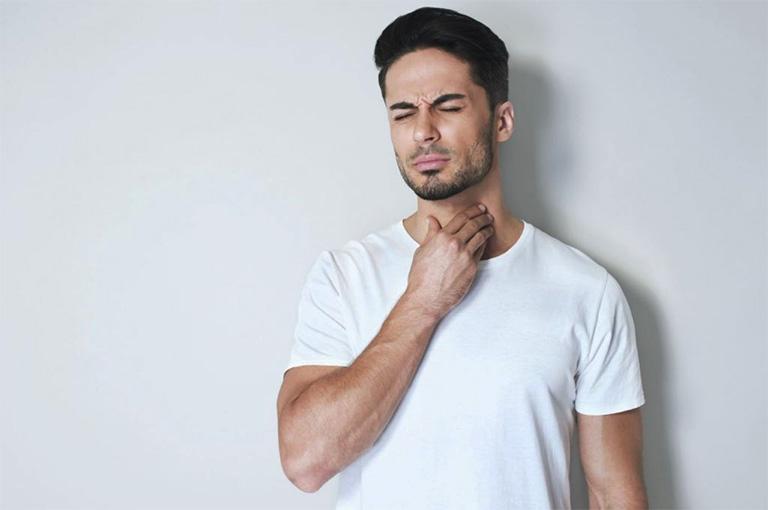 bệnh việm họng mãn tính có chữa được không?