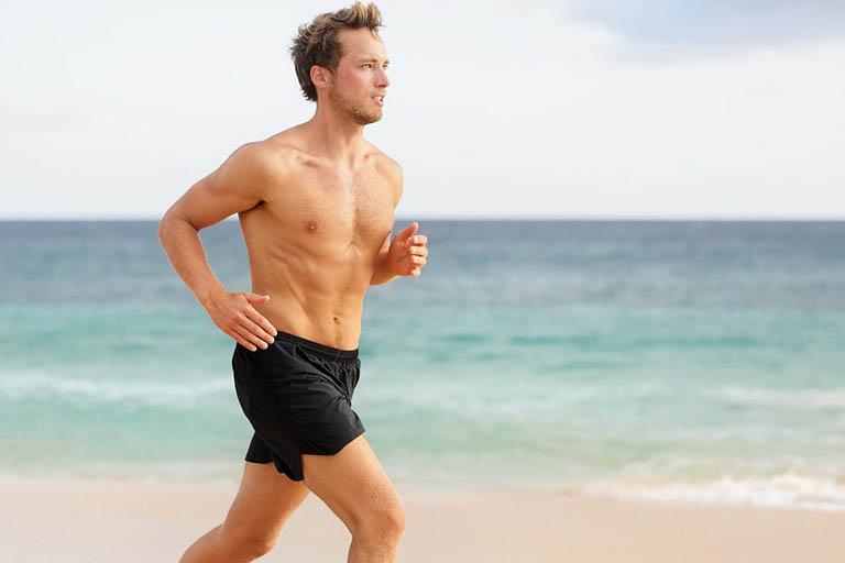 Luyện tập thể dục, tăng cường vận động và thường xuyên tham gia vào các hoạt động sinh hoạt lành mạnh