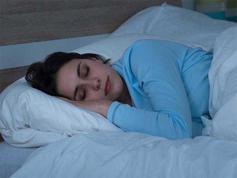 5 Cách Ngủ Sớm Hiệu Quả Cho Người Hay Thức Khuya