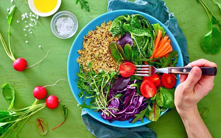 Chế độ ăn cho người men gan cao