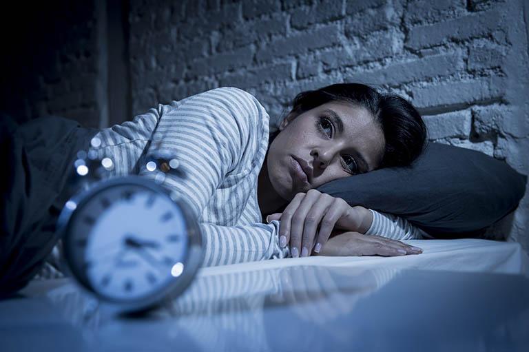 Nguyên nhân gây khó ngủ người trưởng thành