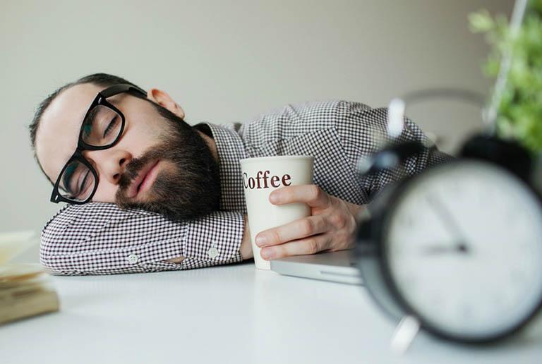 Ngủ nhiều, buồn ngủ liên tục được xác định là một dạng rối loạn giấc ngủ