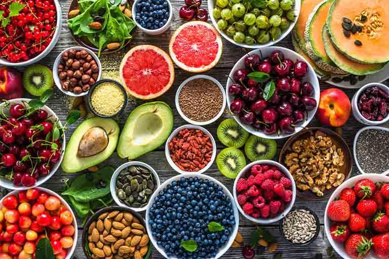 người bệnh gút cần điều chỉnh chế độ ăn uống hợp lý
