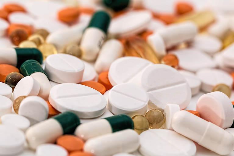 Sử dụng thuốc điều trị viêm phụ khoa lâu ngày
