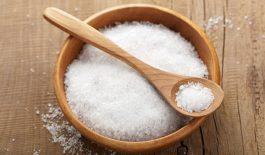 Các cách trị rụng tóc bằng muối đơn giản, hiệu quả