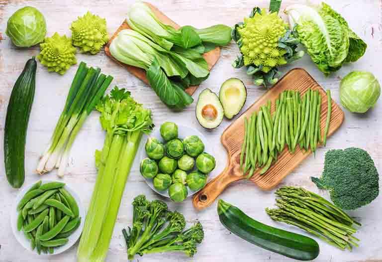 Rau xanh rất tốt cho sức khỏe, đặc biệt là với những người đang bị viêm đại tràng