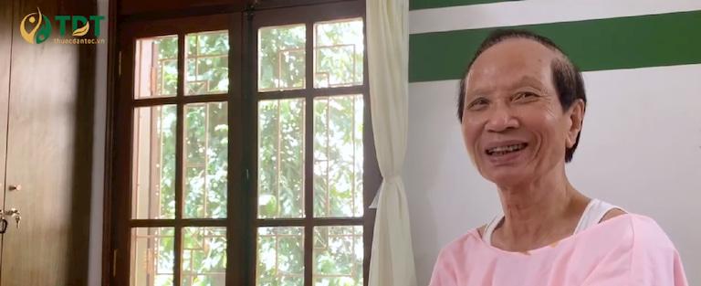 Bố anh Lượng chữa trào ngược dạ dày bằng Sơ can Bình vị tán của Trung tâm Thuốc dân tộc