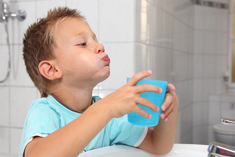 chữa viêm amidan cho trẻ