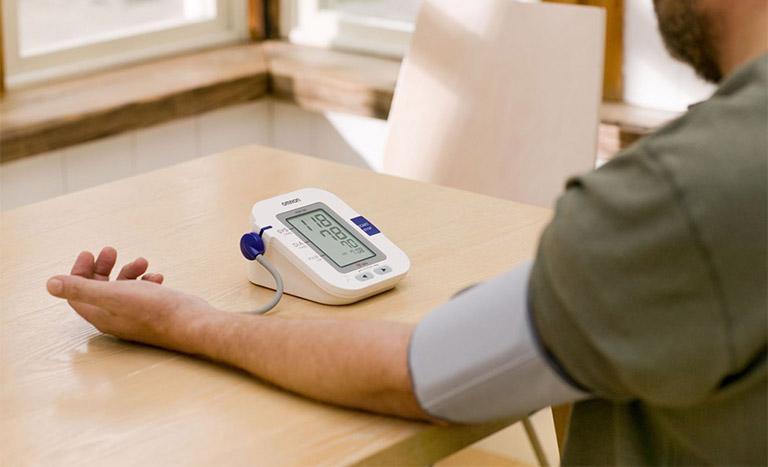 Máy đo đường huyết không cần lấy máu có những đặc điểm gì?