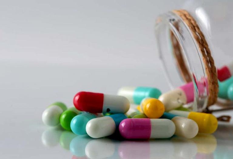 Anh Lượng đã điều trị bằng nhiều loại thuốc Tây y nhưng không hiệu quả