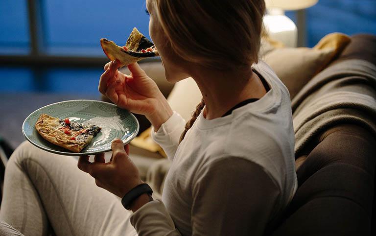 Ăn nhiều, thường xuyên có cảm giác đói