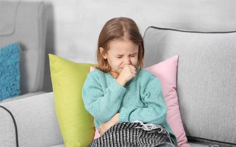 Trẻ bị viêm amidan tái phát nhiều lần, cha mẹ phải làm sao?