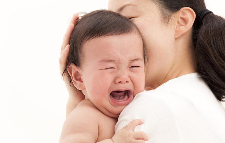 Nguyên nhân vì sao bé khóc nhiều