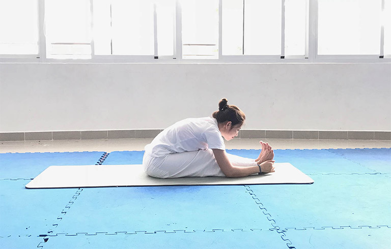 Các bài tập vật lý trị liệu cho lưng đơn giản, hiệu quả