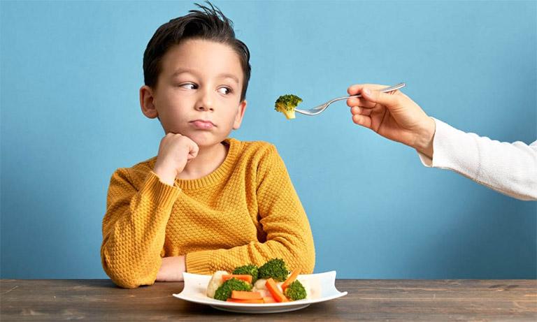 Bổ sung cho trẻ các thực phẩm giàu vitamin và khoáng chất để tăng sức đề kháng và đầy lùi bệnh tật được nhanh chóng
