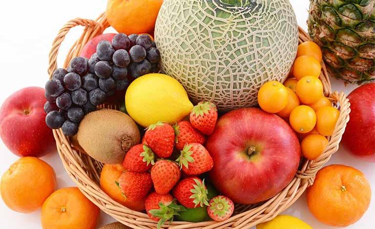 Bị đau họng nên ăn trái cây gì giảm nhanh triệu chứng?