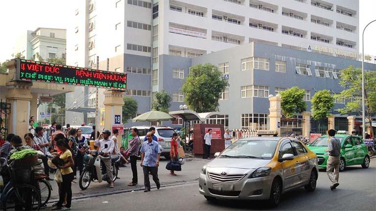 Bệnh viện Hữu Nghị Việt Đức có đội ngũ chuyên gia, bác sĩ chuyên thăm khám và điều trị bệnh trĩ cho bà bầu
