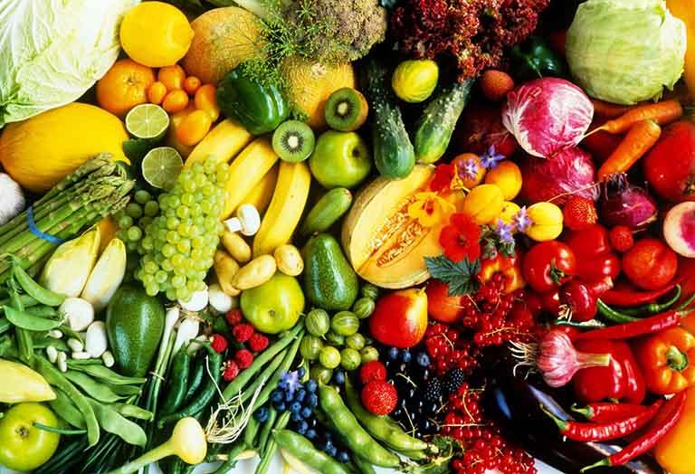 Ức chế quá trình giải phóng histamine, giảm nổi mề đay bằng cách tăng cường bổ sung vitamin C