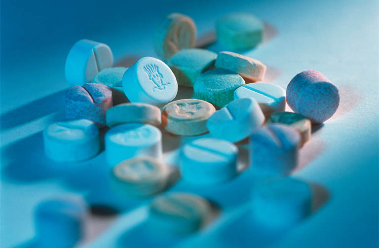 Nổi mề đay ở tay là tác dụng phụ khi sử dụng thuốc