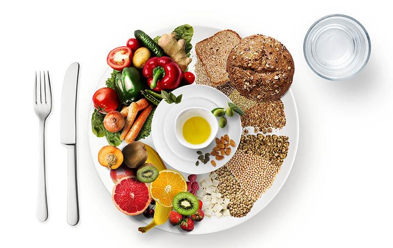 Một chế độ ăn uống khoa học không chỉ giúp làm giảm các triệu chứng của bệnh trĩ mà còn giúp tăng cường sức đề kháng và nâng cao hệ miễn dịch
