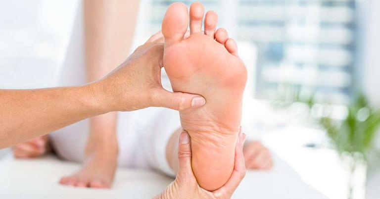Một số lưu ý khi tập vật lý trị liệu bàn chân bẹt
