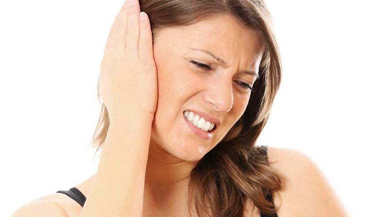 Viêm họng đau tai có nguy hiểm không?