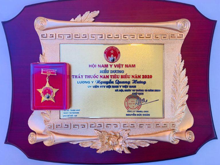 Giải thưởng Thầy thuốc Nam tiêu biểu