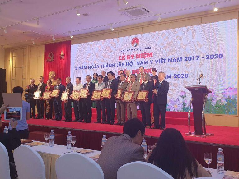 Lễ kỷ niệm 3 năm thành lập Hội Nam Y và trao tặng giải thưởng Thầy thuốc Nam tiêu biểu