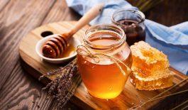 Chữa táo bón bằng mật ong có hiệu quả không?