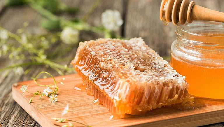 Một số lưu ý khi chữa táo bón bằng mật ong