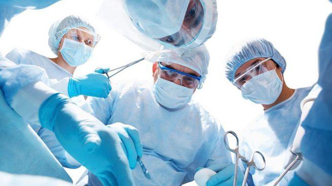 Phẫu thuật ung thư buồng trứng khi nào? Chi phí, phương pháp