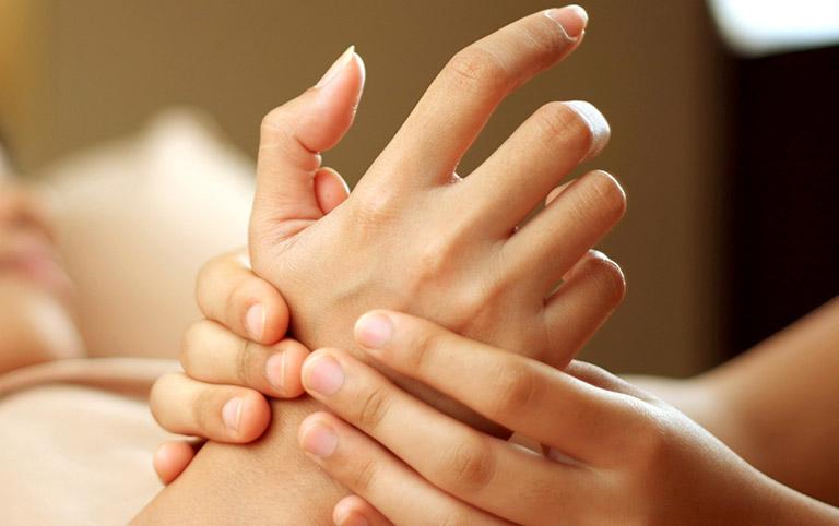 Tập vật lý trị liệu phục hồi chức năng bàn tay, ngón tay