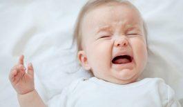 Trẻ sơ sinh dưới 1 tháng tuổi bị táo bón và cách trị