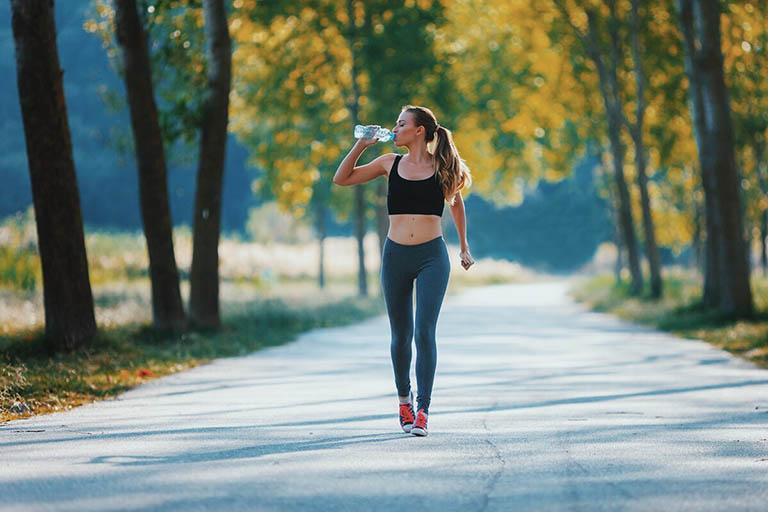 Tham gia vào các hoạt động thể chất