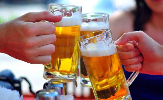 Uống rượu bia nhiều - Coi chừng bị hiếm muộn, vô sinh