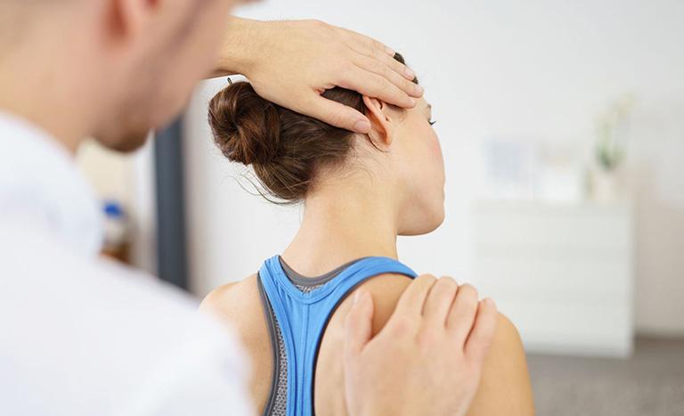 Các bài tập vật lý trị liệu đau vai gáy cổ hiệu quả