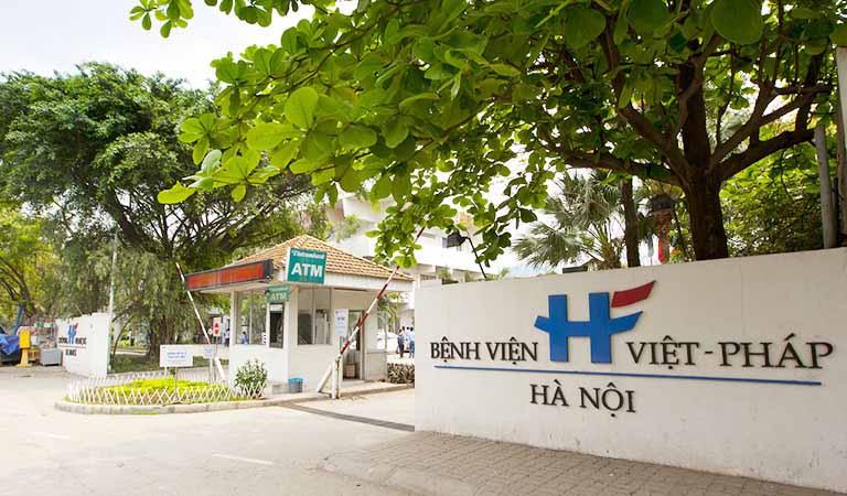 Đội ngũ y bác sĩ của bệnh viện Việt Pháp Hà Nội được đánh giá cao cả trình độ chuyên môn ở lĩnh vực vật lý trị liệu