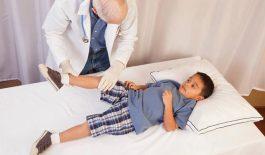 Viêm khớp dạng thấp ở trẻ em do đâu? Dấu hiệu, điều trị