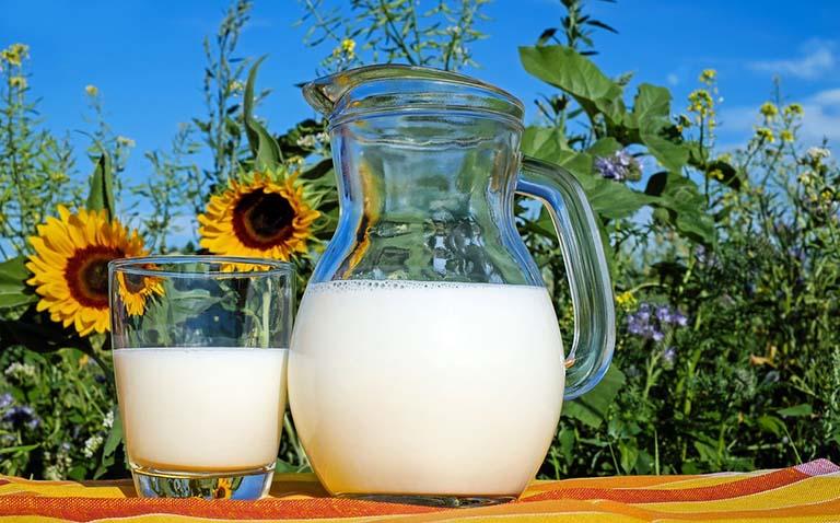 Dư axit dạ dày nên ăn gì để trung hòa?