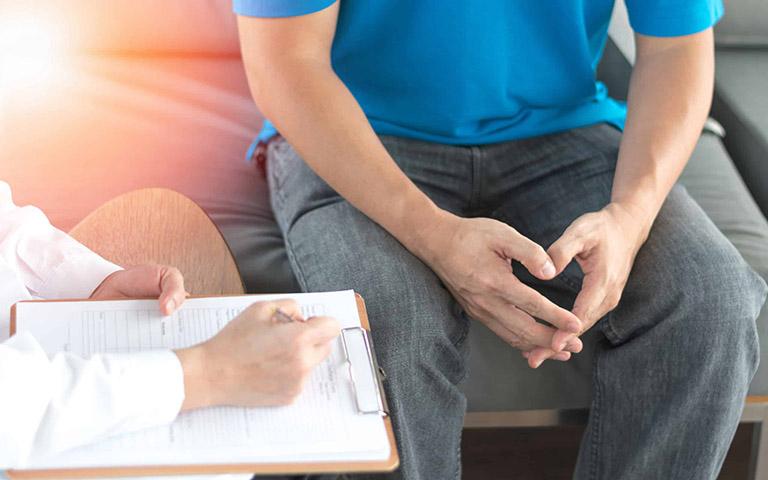 Chức năng sinh sản của nam giới có bị ảnh hưởng hưởng khi thận yếu không?