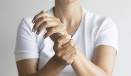 Tay chân hay bị tê là bệnh gì? Cách điều trị hiệu quả
