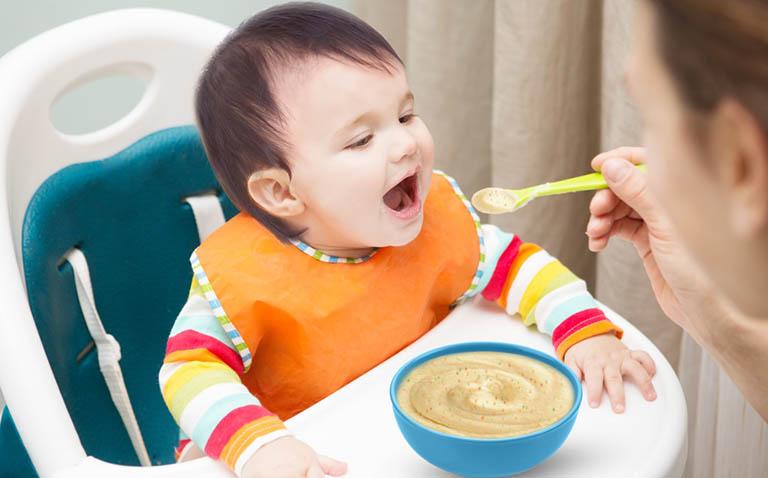 Cải thiện và phòng ngừa chân vòng kiềng cho trẻ em