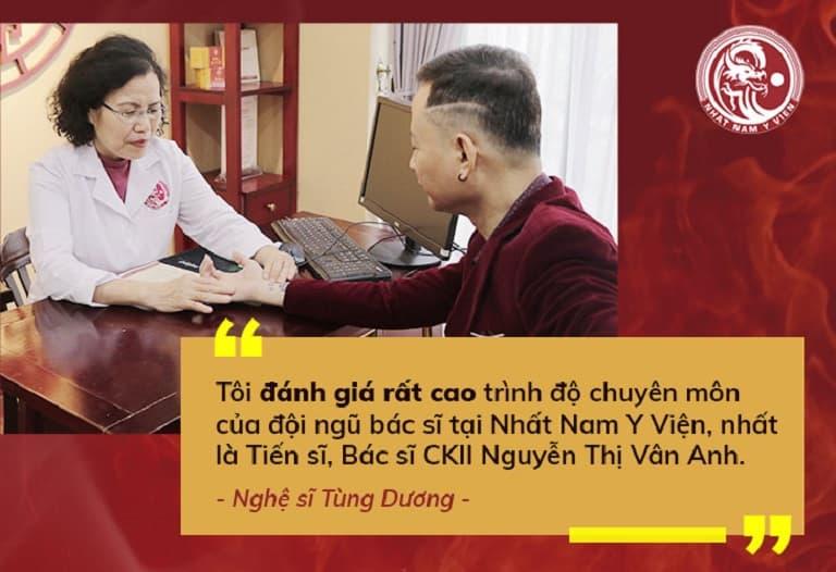 Nghệ sĩ Tùng Dương trực tiếp thăm khám và điều trị bệnh tại Nhất Nam Y Viện