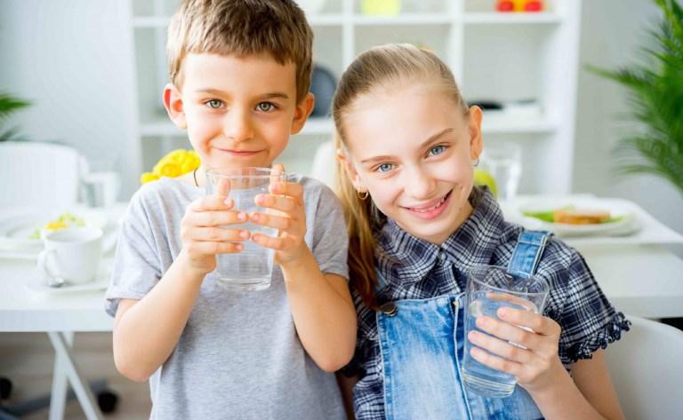10+cách trị táo bón cho trẻ đơn giản, hiệu quả nhanh