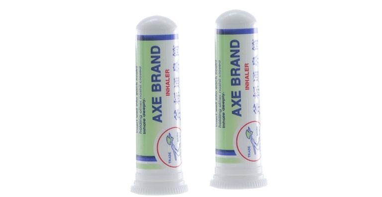 thuốc trị viêm xoang Axe Brand inhaler