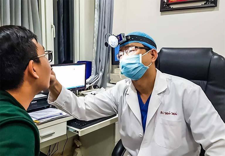 Chẩn đoán viêm mũi xoang xuất tiết