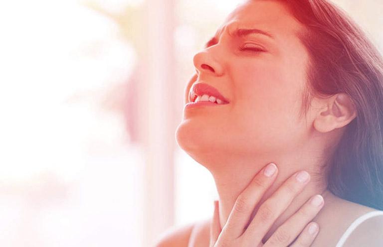 biến chứng đau họng sau cắt amidan